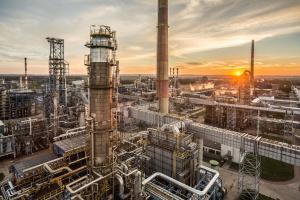 Lotos znów z najniższym w historii udziałem rosyjskiej ropy