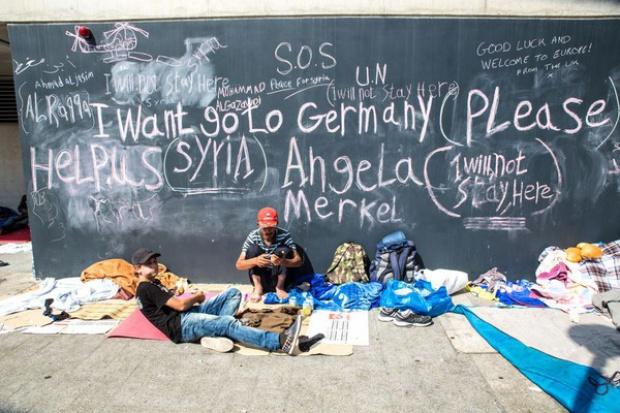 Kancelrz Austrii za obcięciem funduszy UE krajom przeciwnym uchodźcom