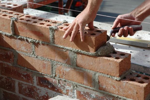 Polscy budowlańcy na fali