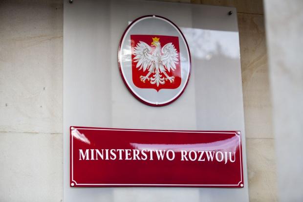 Ministerstwo Rozwoju zyska kontrolę nad ważnymi instytucjami i firmami