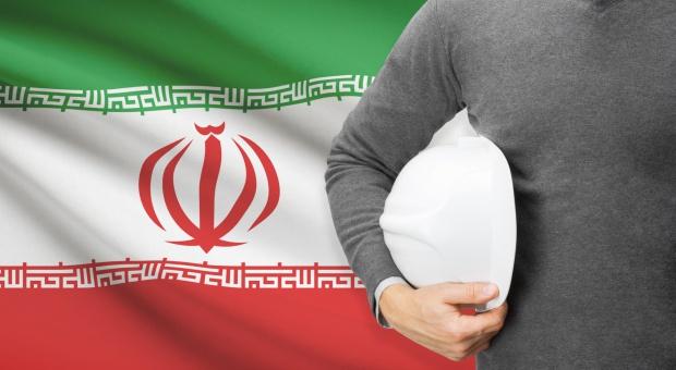 Nasi na perskim dywanie