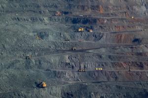 ArcelorMittal Poland sprawdza nowe dostawy rudy