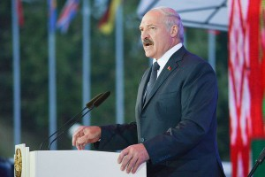 Łukaszenka: zbudujemy elektrownię atomową mimo niechęci innych państw