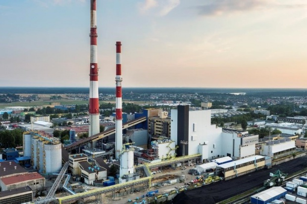 Elektrobudowa ma niemal 1,3 mld zł w portfelu zleceń