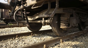 Codziennie w Polsce rozrywa się jeden pociąg