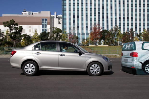 Zobowiązanie Toyoty ws. automatycznego hamowania