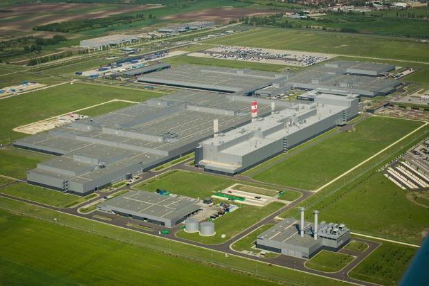 Daimler inwestuje na Węgrzech