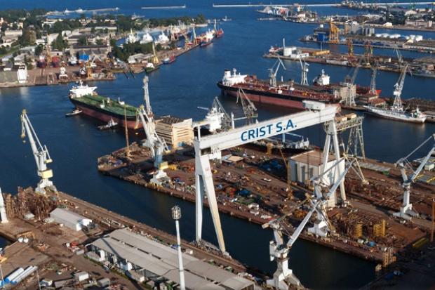 Stocznia Crist przekazała Francuzom specjalistyczną barkę