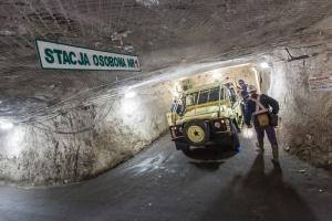 Wstrząs w kopalni w Polkowicach. Nie żyje górnik