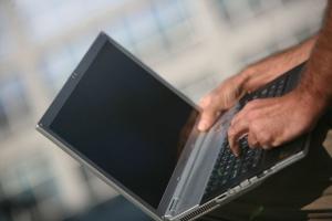 Dokument e-cło w obrocie pomiędzy terminalami Maasvlakte