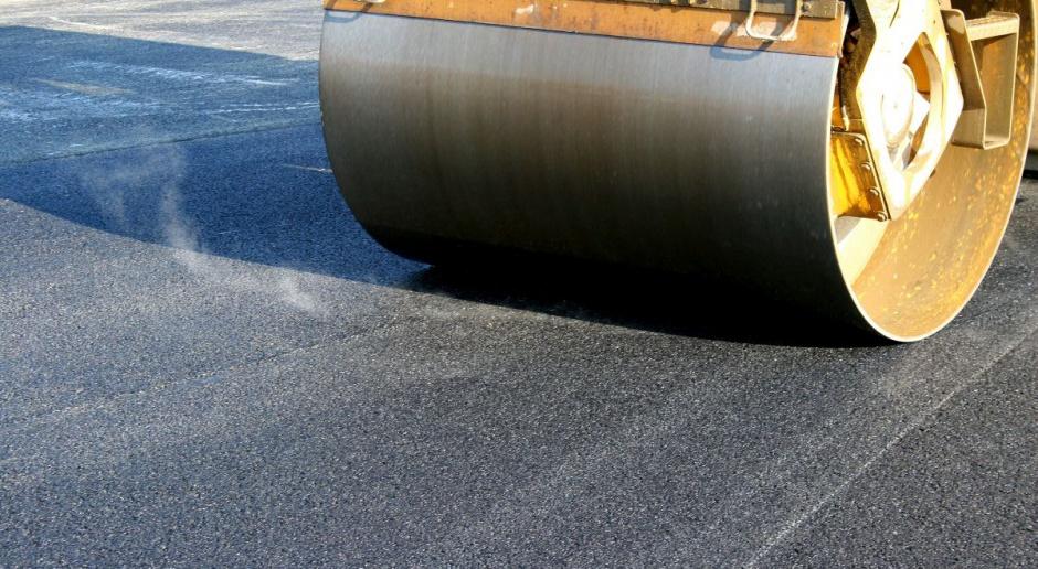 Resort zapowiada inwestycje drogowe za 582 mln zł. Do robót jednak daleko