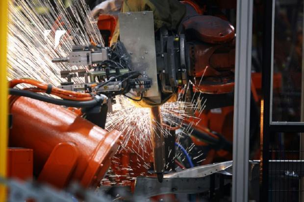 ABB dostarczy roboty do produkcji nowego Mercedesa