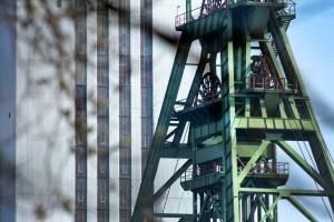 Górnictwo walczy o przetrwanie: cierpią kopalnie oraz firmy górniczego zaplecza