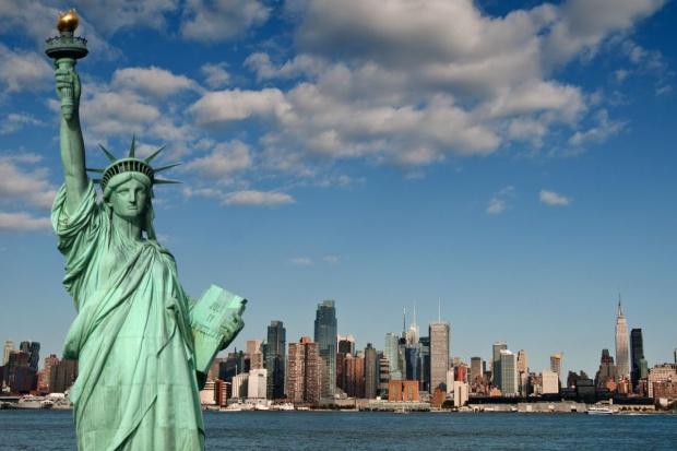 Indeks PMI composite w USA wyniósł w lutym 54,1 pkt.