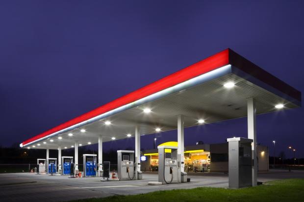 Ceny paliw na stacjach ponownie idą w górę