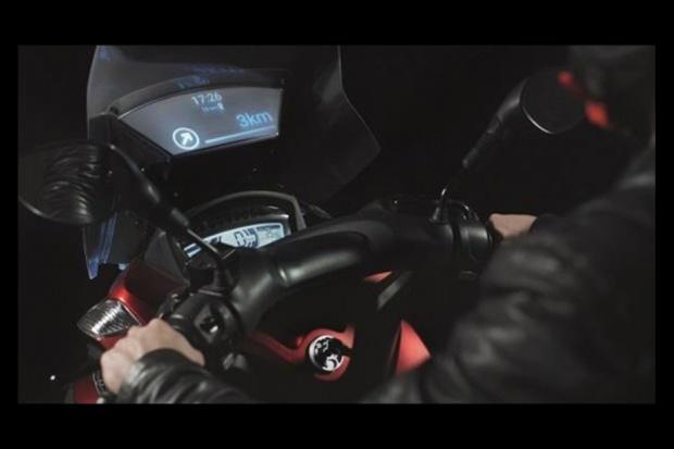 Inteligentna szyba sposobem na bezpieczniejsze skutery