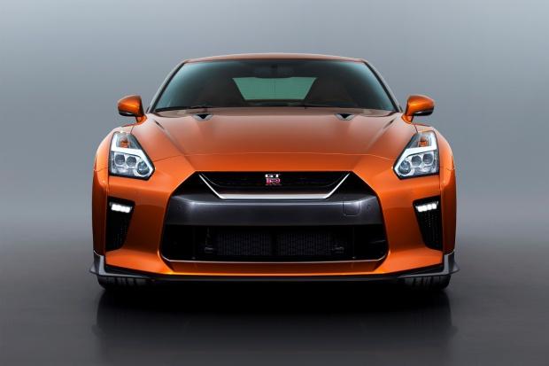Nissan poprawił GT-R
