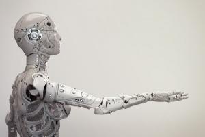 Humanoidy pomogą użytkownikom komputerów?