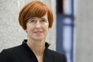 Minister Rafalska zapowiada m.in. wyższe zasiłki dla bezrobotnych