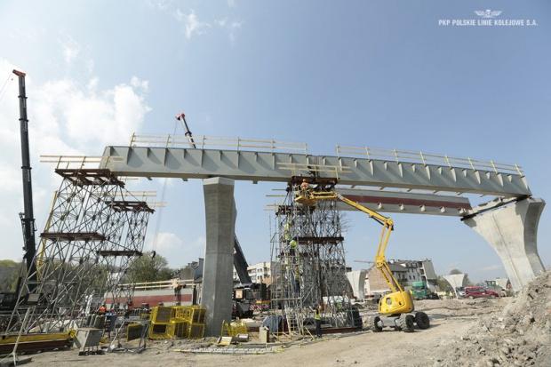Budimex buduje estakadę na kolejowej łącznicy w Krakowie