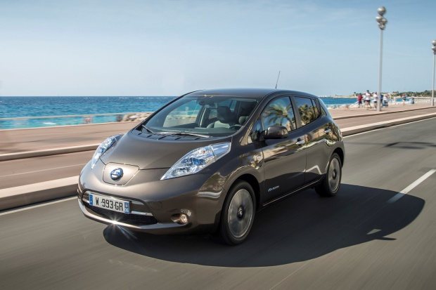 Nissan rozszerza sieć sprzedaży e-samochodów