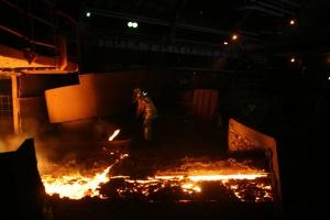 Krakowscy radni przyjęli rezolucję dot. huty ArcelorMittal