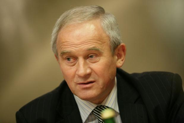 Tchórzewski: rząd nie podjął jeszcze działań ws. połączenia Orlenu z Lotosem