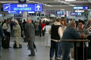 Lotnisko Katowice zwiększyło prognozę na 2017 r. do 3,8 mln pasażerów