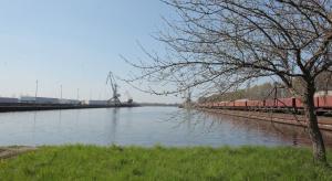 """Ekolodzy: """"tak"""" dla kolei w Polsce, ostrożnie z inwestycjami w żeglugę śródlądową"""