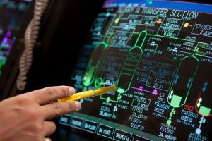 Większość polskich firm obawia się cyberataków na systemy przemysłowe