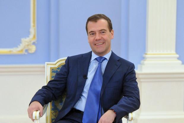 Miedwiediew: w gospodarce Rosji zaczęła się dywersyfikacja