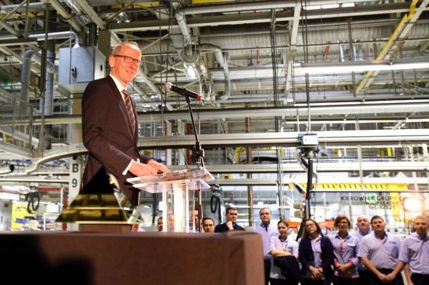 Szef Opla w fabryce w Gliwicach