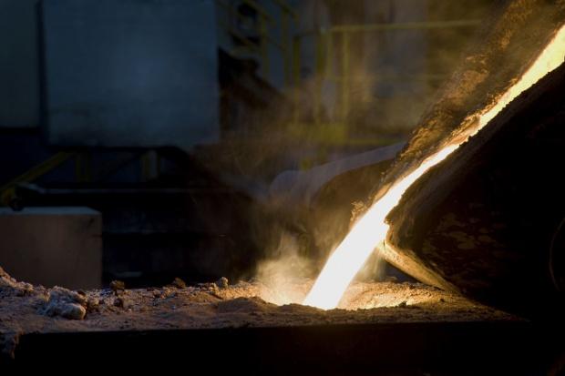 Kolejny miesiąc spadku produkcji stali na świecie