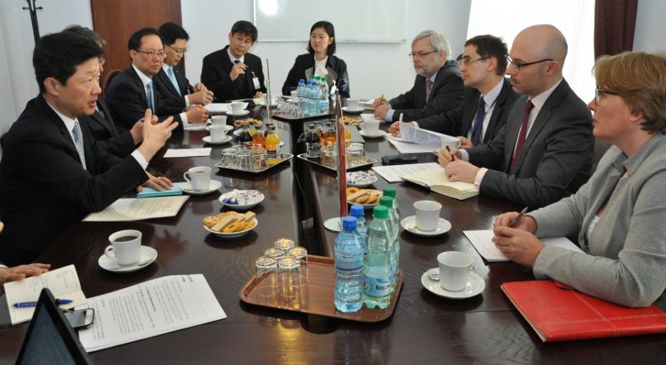 Korea Płd. chce w Polsce rozwijać energetykę jądrową i odnawialną