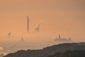 Rada UE zatwierdziła przepisy ws. limitów emisji zanieczyszczeń powietrza