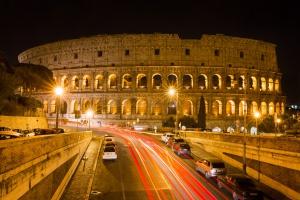 Rzym: kierowcy nagminnie nie przestrzegają prawa