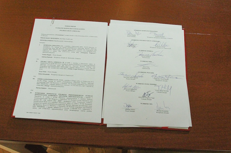 Zdjęcie numer 15 - galeria: Porozumienie ws. PGG podpisane. Premier: to wzmocnienie bezpieczeństwa energetycznego