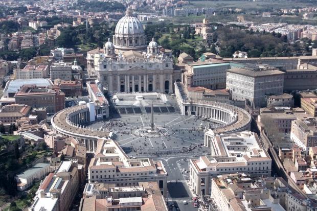 Wzrost liczby podejrzanych operacji finansowych w Watykanie