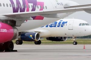 Niskokosztowe linie lotnicze na fali wznoszącej