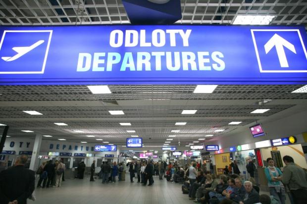 Poczta Polska będzie kontrolowała pasażerów w Katowice Airport