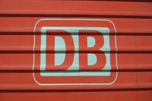 DB korzysta z wizyty Merkel w Pekinie