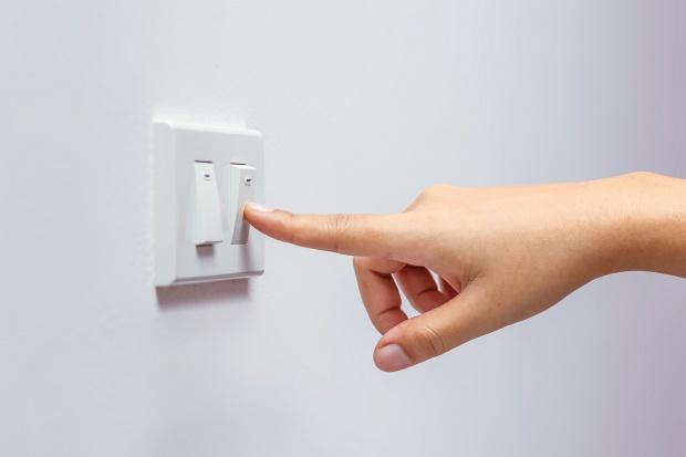 Spada liczba zmian sprzedawcy energii elektrycznej