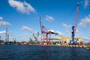 Zdjęcie numer 1 - galeria: Port Gdańsk stawia kolejne kroki milowe w rozwoju