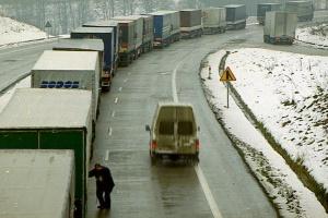 """Nie """"czy"""", ale jak długie będą korki do odpraw ciężarówek po brexicie"""