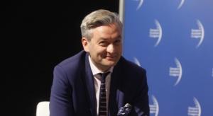 Biedroń: musimy znaleźć odpowiedni model relacji państwa i gospodarki