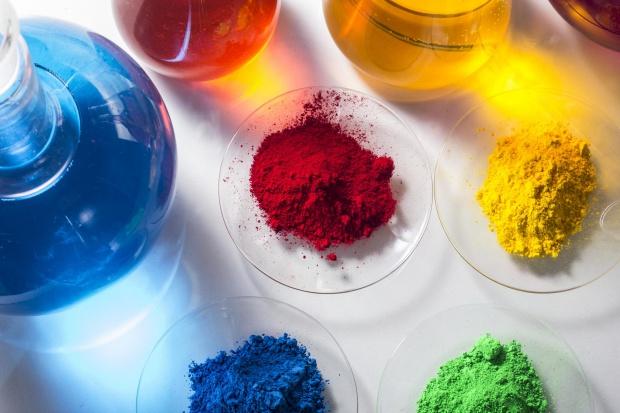 Zyski Boruta-Zachem na pigmentach