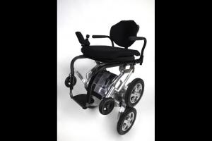 Toyota wspiera twórcę Segwaya: będzie pojazd dla niepełnosprawnych