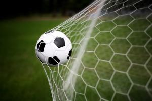 Piłka nożna, czyli emocje i taaaka kasa!