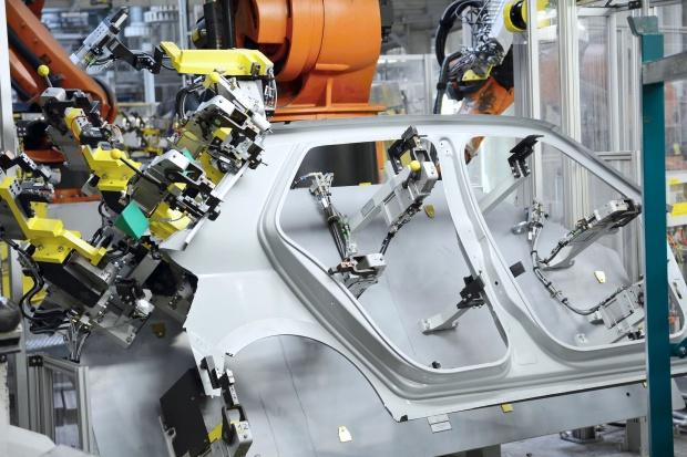 Ilość aluminium w samochodowych nadwoziach podwoi się