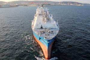 Gazprom przyspiesza budowę dwóch terminali LNG nad Bałtykiem